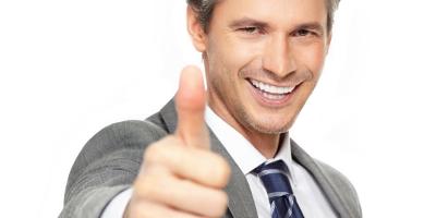 businessman-thumbs-up-400x4001